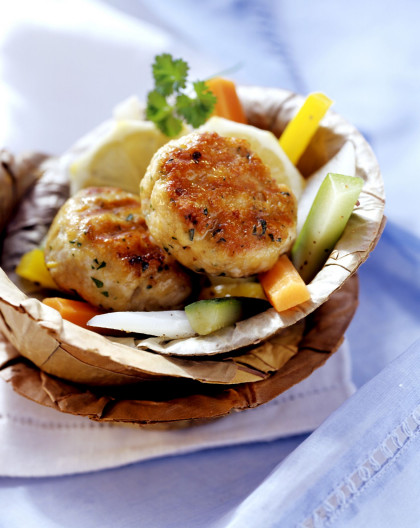 Turkey Cakes with Mixed Vegetables
