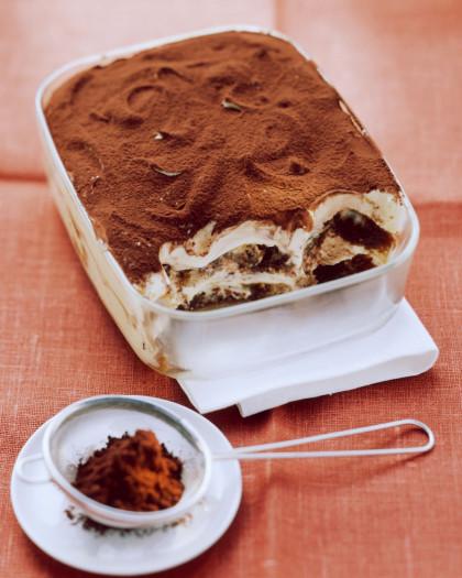 Cocoa-dusted Tiramisu