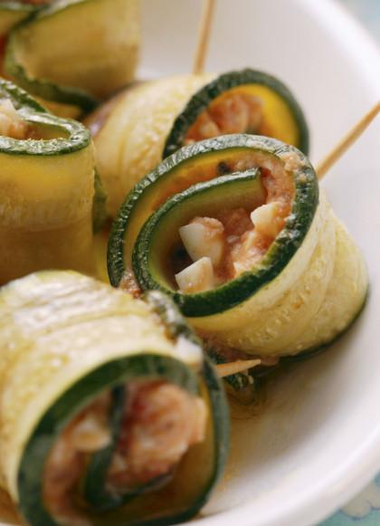 Tomato and Mozzarella Stuffed Courgette Rolls