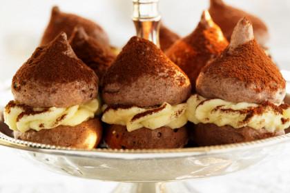 Gourmet Meringues with Filling