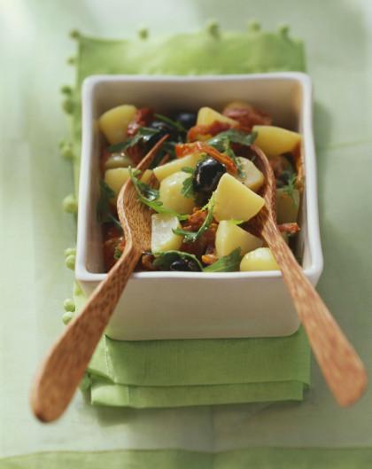 Potato, arugula, olive and sun-dried tomato salad