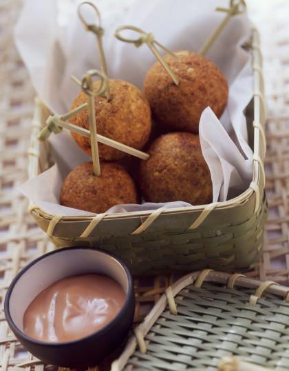 Deep-fried Chickpea Bites