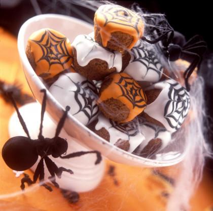 Spiderweb Muffins