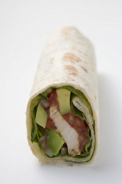 Flour Wraps with Chicken and Avocado Filling