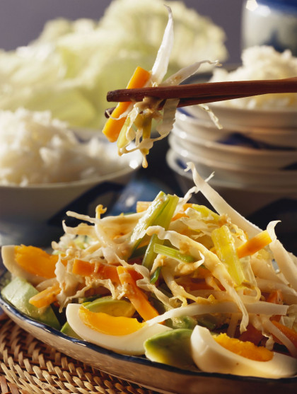 Spicy south-east Asian salad plate