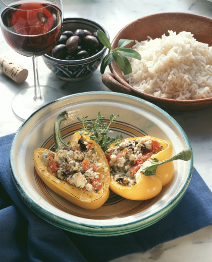 Yellow peppers filled with sheep's cheese